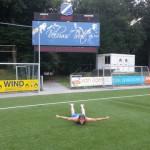 Buikschuiver AGOVV Voetbalveld