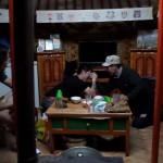 Armpje drukken in een Ger in Mongolië!